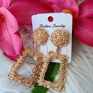Jewelry - Gold Boheimian style earrings